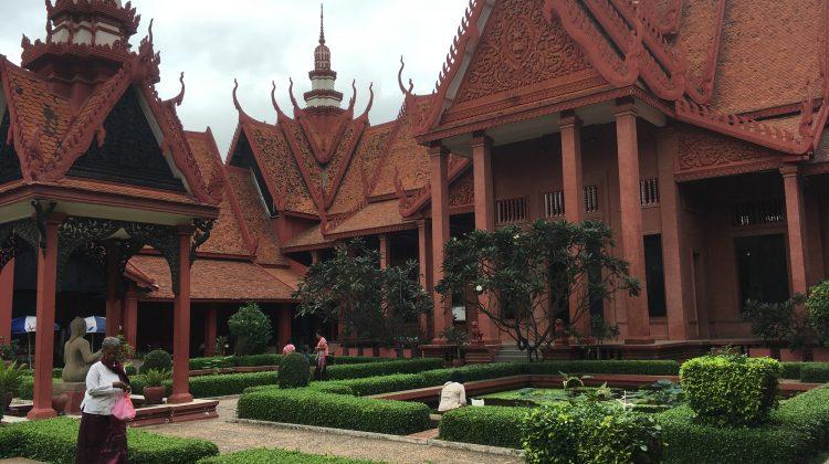 Recorriendo Phnom Penh a pie – Camboya